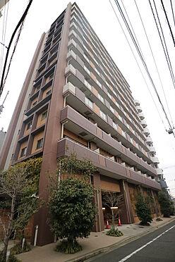 区分マンション-台東区日本堤2丁目 タイル貼りの外観 総戸数104戸のビッグコミュニティです。