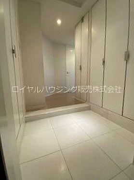 中古マンション-横浜市神奈川区栄町 玄関には天然大理石