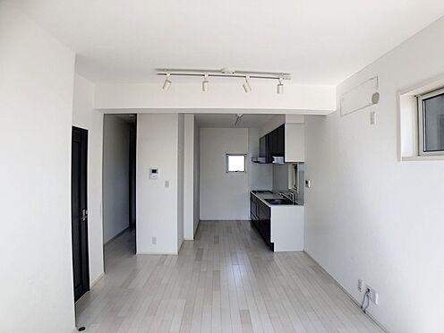 中古一戸建て-岡崎市羽根町字陣場 白で統一された清涼感あふれる爽やかなお部屋です!