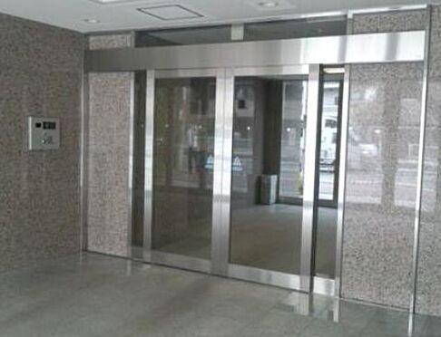 マンション(建物一部)-大阪市福島区海老江3丁目 清潔感のある共用部