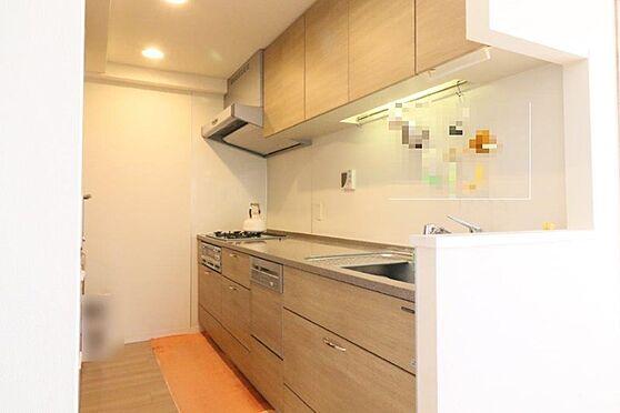 中古マンション-八王子市別所1丁目 2wayでディスポーザー、食洗器付き、フラット天板のガスコンロなど使い勝手抜群です。