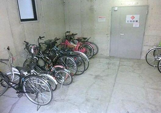 マンション(建物一部)-大阪市北区同心2丁目 屋内駐輪スペースあり