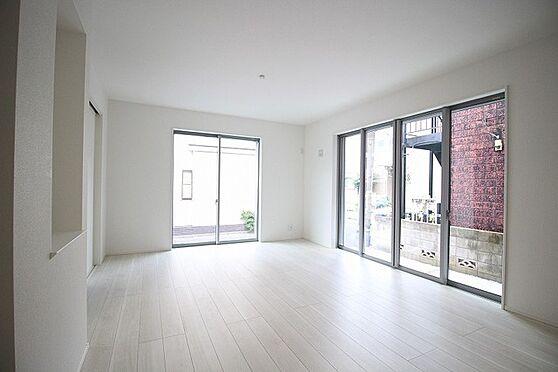 新築一戸建て-練馬区西大泉6丁目 居間