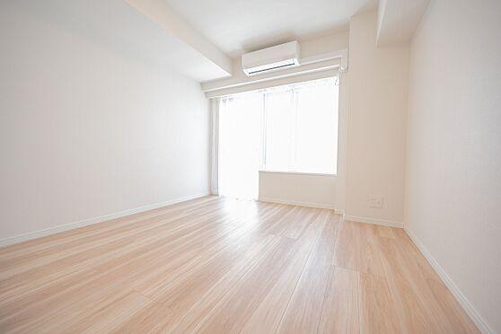 中古マンション-渋谷区代々木2丁目 居室/エアコン1基付なので入居後すぐに快適にお暮しいただけます。