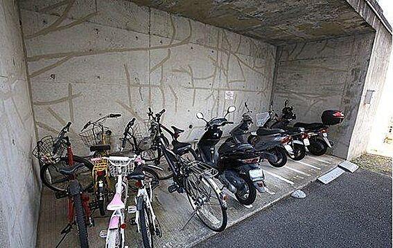 マンション(建物一部)-神戸市東灘区住吉台 安心の屋根付き