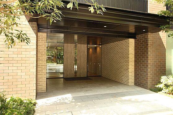 中古マンション-品川区勝島1丁目 風格のあるエントランスです