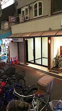 ビル(建物全部)-大阪市鶴見区放出東3丁目 商店街に面しています。