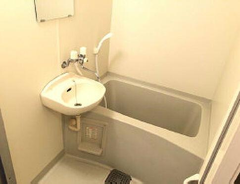 アパート-鹿児島市石谷町 落ち着いた空間のお風呂です