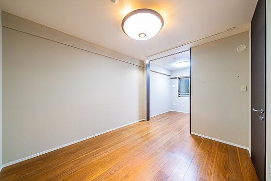 区分マンション-新宿区南元町 洋室約6.5帖(写真の家具・什器は価格には含まれません)