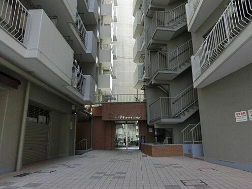 マンション(建物一部)-中央区日本橋箱崎町 エントランスの様子です。