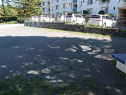中古マンション-多摩市永山3丁目 敷地内公園(2)