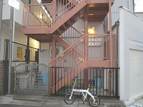 アパート-板橋区徳丸1丁目 2・3階入り口