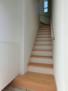 アパート-北区上中里3丁目 202号室階段