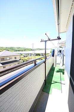 建物全部その他-八王子市川口町 南向きで陽当り良好。家族全員分の洗濯物が干せる広さがございます。