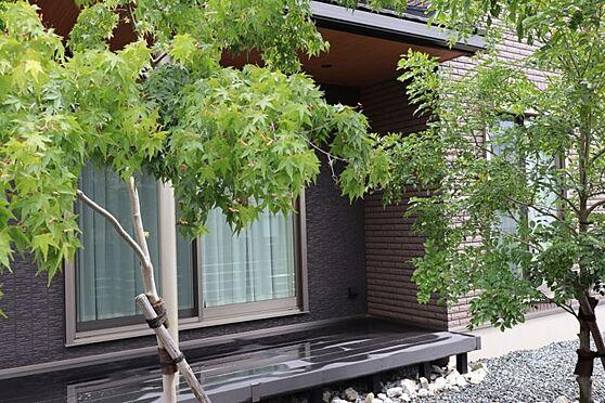 中古一戸建て-日進市岩崎町元井ゲ 休日はからのんびりとお庭を眺めるのもいいですね。