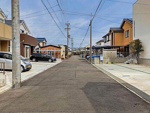 中古一戸建て-春日井市六軒屋町6丁目 前面道路幅員約6.0mで駐車の苦手な方でも安心です!