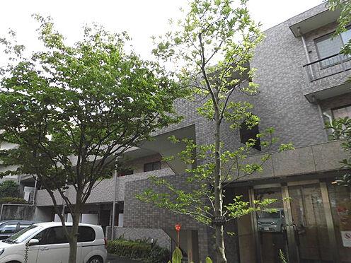 区分マンション-川崎市麻生区高石6丁目 ≪エントランス側外観≫