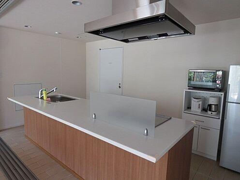 中古マンション-品川区勝島1丁目 パーティールムにあるキッチンです。