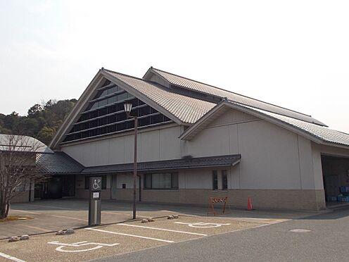 土地-桜井市朝倉台西4丁目 桜井市立図書館(車利用8分) 約3600m