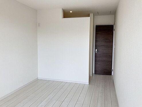 新築一戸建て-知多郡東浦町大字緒川字屋敷壱区 落ち着いた色味の2階洋室です