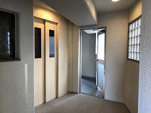 中古マンション-名古屋市中区栄3丁目 エレベーター付きなので、高齢者の方にも適しています