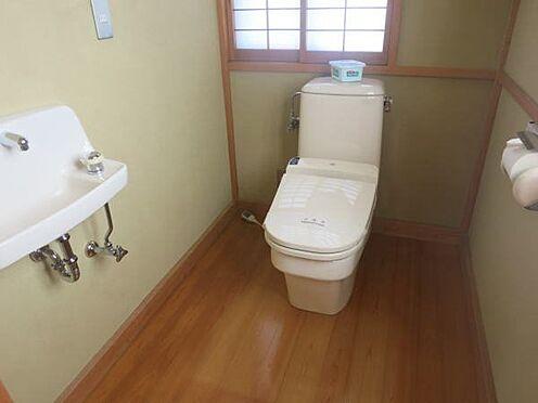 中古一戸建て-熱海市上多賀 広々としたトイレ
