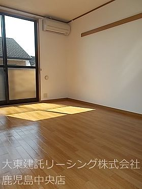 アパート-熊本市西区田崎1丁目 居間