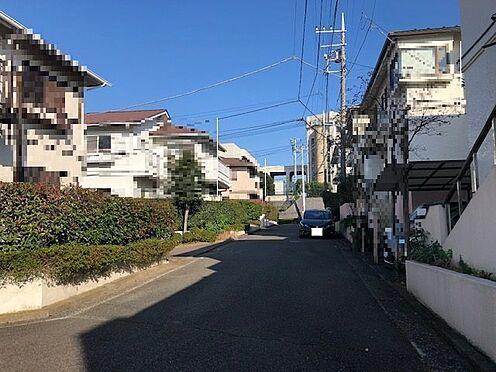 土地-横浜市港南区下永谷1丁目 南側公道風景
