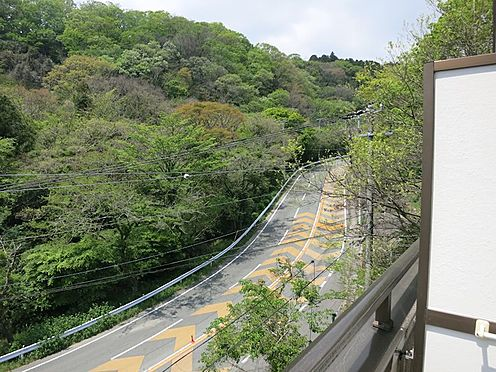 中古マンション-熱海市西熱海町2丁目 県道を登って行かれると熱函道路(三島方面)にも通じます。