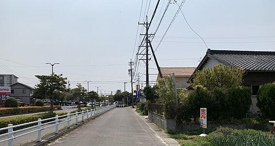土地-豊田市荒井町寿田 立地はとても良く越戸駅からは徒歩約13分です。