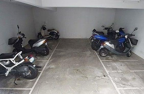 マンション(建物一部)-神戸市長田区西山町4丁目 屋内バイク置場あり