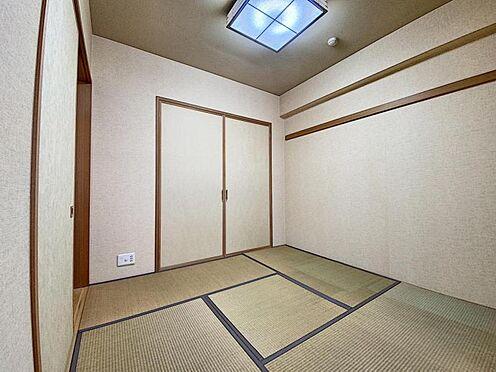 区分マンション-福岡市城南区別府4丁目 リビングに隣接した和室です♪
