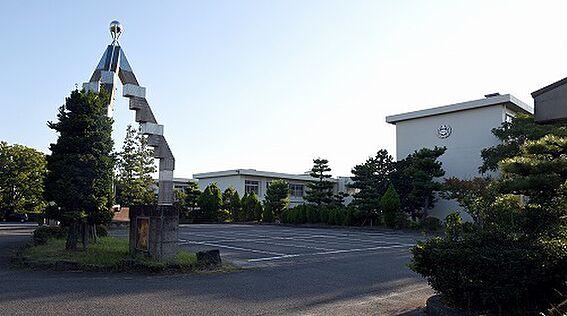 新築一戸建て-豊田市高美町6丁目 高岡中学校まで徒歩約26分(約2048m)