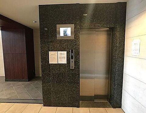 区分マンション-大阪市港区田中2丁目 防犯カメラ搭載のエレベーター