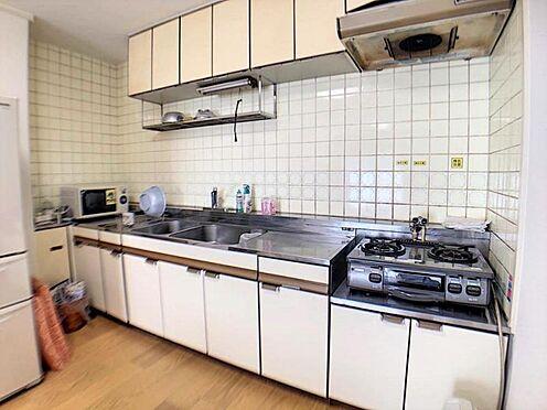 中古マンション-名古屋市天白区植田西1丁目 キッチンです。水回りのリフォームもぜひご相談ください。