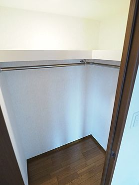 中古マンション-浦安市富士見5丁目 洋室7帖にあるウォークインクローゼットです
