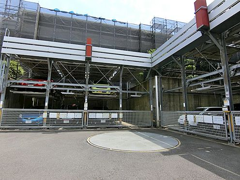中古マンション-八王子市松木 機械式駐車場です。