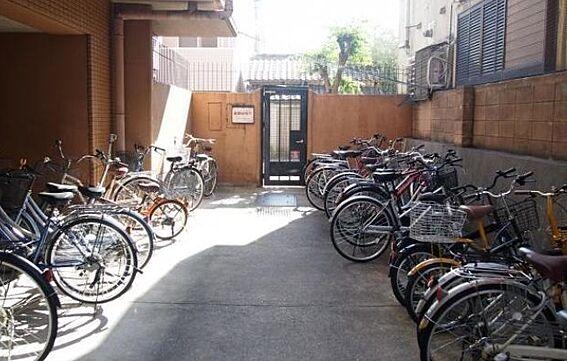 マンション(建物一部)-京都市下京区屋形町 入居者に喜ばれる駐輪スペースももちろん完備