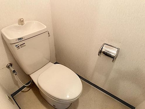 中古マンション-名古屋市北区成願寺1丁目 トイレ