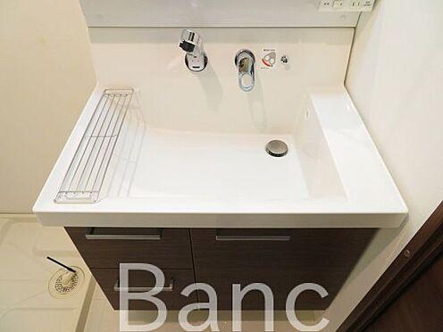 中古マンション-江東区富岡2丁目 使い勝手の良い独立洗面台