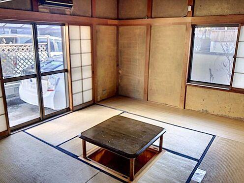 中古一戸建て-豊田市水源町2丁目 窓を開けて畳で寛いでいると外からの爽やかな風が入り込み、気持ちのいい時間を過ごせそうです♪