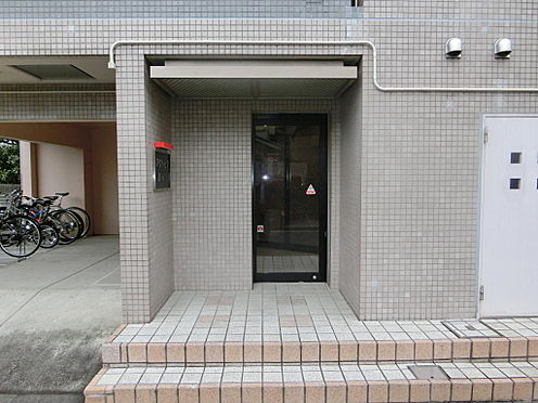 マンション(建物一部)-大田区北馬込1丁目 エントランスの様子です