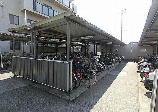 区分マンション-堺市東区日置荘田中町 屋根のある駐輪場あり
