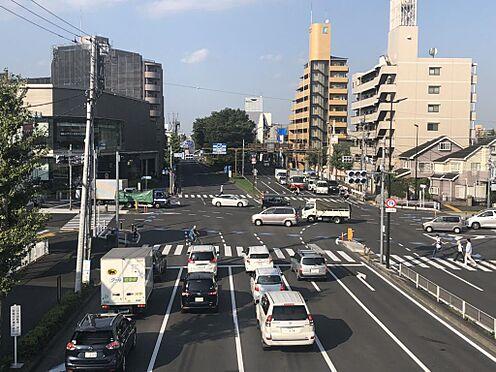 店舗事務所(建物一部)-多摩市関戸3丁目 当物件は鎌倉街道に面しています。