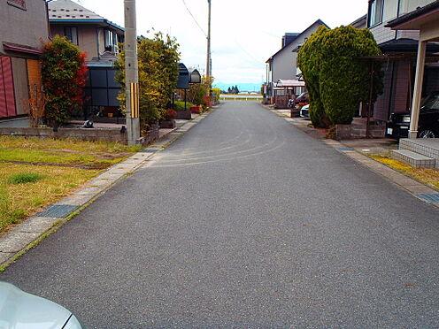 土地-高島市鴨川平3丁目 前面6メートル幅道路の開発分譲地。「別荘・永住」両方可能な立地です