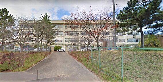 戸建賃貸-仙台市泉区山の寺1丁目 仙台市立向陽台中学校 約1100m