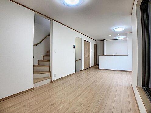 新築一戸建て-名古屋市天白区野並1丁目 広々約17帖のLDKは家族団欒に場にピッタリ♪