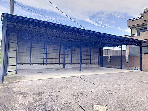戸建賃貸-西尾市下羽角町郷内 カーポート4台分あります。
