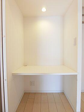 中古マンション-目黒区中目黒1丁目 テレワークにも使えるな書斎スペース
