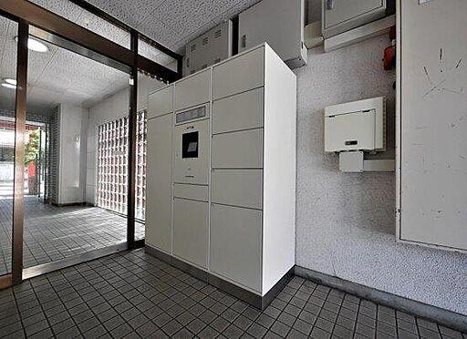 一棟マンション-北九州市小倉北区下到津4丁目 不在時でも荷物が届く宅配ボックスは忙しい方の味方です。